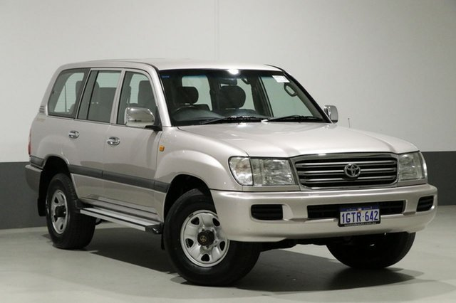 Used Toyota Landcruiser HDJ100R GXL (4x4), 2003 Toyota Landcruiser HDJ100R GXL (4x4) Silver 5 Speed Manual Wagon