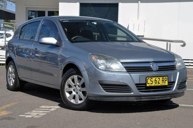 Used Holden Astra AH MY05 CD, 2005 Holden Astra AH MY05 CD Grey 5 Speed Manual Hatchback