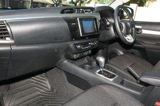 SR5 D/C P/U 4X4 T/D AUTO