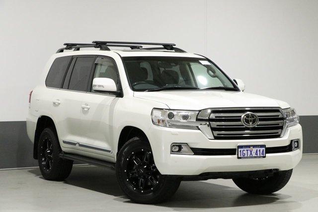 Used Toyota Landcruiser VDJ200R MY16 Sahara (4x4), 2017 Toyota Landcruiser VDJ200R MY16 Sahara (4x4) Pearl White 6 Speed Automatic Wagon