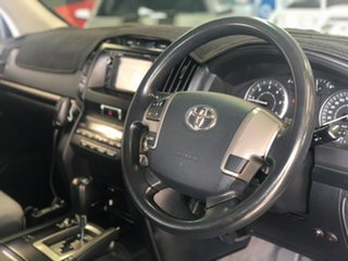2009 Toyota Landcruiser VDJ200R GXL Silver 6 Speed Sports Automatic Wagon.