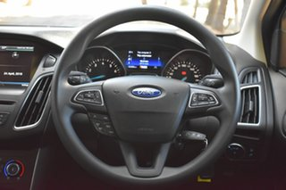 2015 Ford Focus LZ Trend White 6 Speed Automatic Hatchback