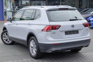 2018 Volkswagen Tiguan 5N MY18 132TSI Comfortline DSG 4MOTION Allspace White Silver 7 Speed.