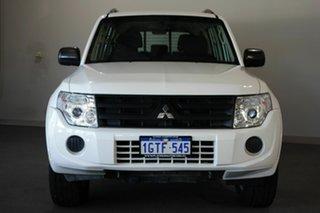 2014 Mitsubishi Pajero NW MY14 GLX White 5 Speed Manual Wagon.