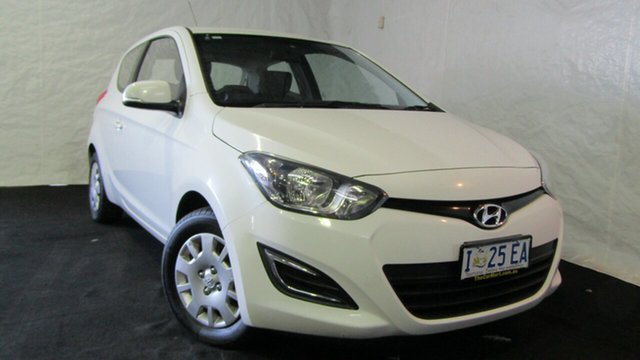 Used Hyundai i20 PB MY14 Active, 2014 Hyundai i20 PB MY14 Active White 6 Speed Manual Hatchback
