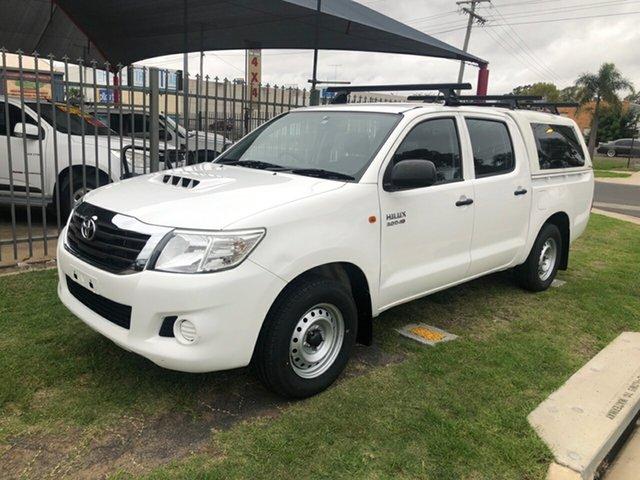 Used Toyota Hilux KUN16R MY14 SR, 2015 Toyota Hilux KUN16R MY14 SR White 5 Speed Manual Dual Cab Pick-up