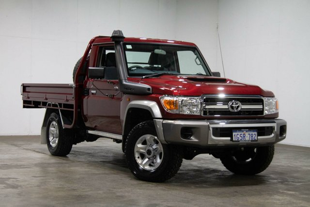 Used Toyota Landcruiser VDJ79R GXL, 2018 Toyota Landcruiser VDJ79R GXL Red 5 Speed Manual Cab Chassis