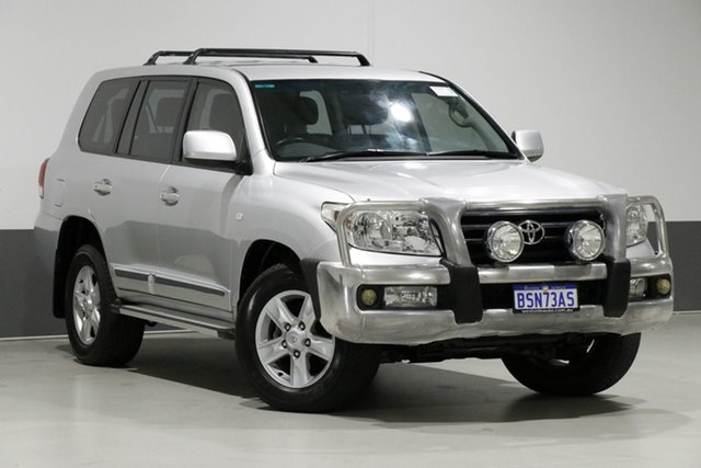 Used Toyota Landcruiser VDJ200R MY12 Altitude (4x4), 2012 Toyota Landcruiser VDJ200R MY12 Altitude (4x4) Silver 6 Speed Automatic Wagon