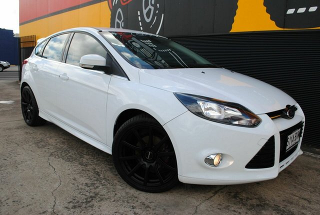 Used Ford Focus LW MkII MY14 Sport, 2014 Ford Focus LW MkII MY14 Sport Frozen White 5 Speed Manual Hatchback