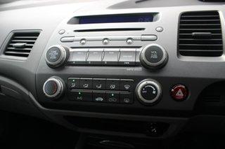 2009 Honda Civic 8th Gen MY09 VTi Silver 5 Speed Manual Sedan