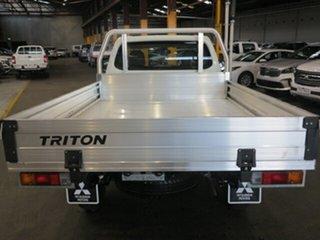 2018 Mitsubishi Triton MQ MY18 GLX White 5 Speed Manual Cab Chassis