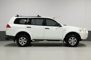 2013 Mitsubishi Challenger PB MY13 (4x2) White 5 Speed Automatic Wagon
