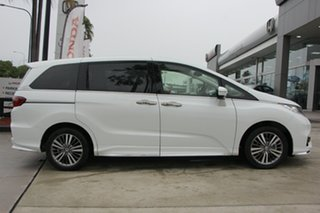 2019 Honda Odyssey RC MY19 VTi-L Platinum White 7 Speed Constant Variable Wagon.