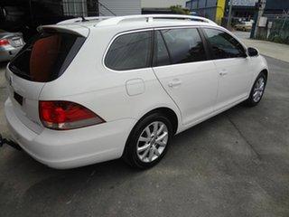 2010 Volkswagen Golf 1K MY11 103 TDI Comfortline White 6 Speed Direct Shift Wagon.