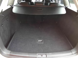 2010 Volkswagen Golf 1K MY11 103 TDI Comfortline White 6 Speed Direct Shift Wagon