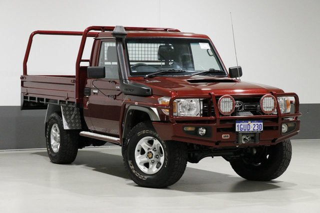 Used Toyota Landcruiser VDJ79R MY12 Update GXL (4x4), 2014 Toyota Landcruiser VDJ79R MY12 Update GXL (4x4) Merlot 5 Speed Manual Cab Chassis