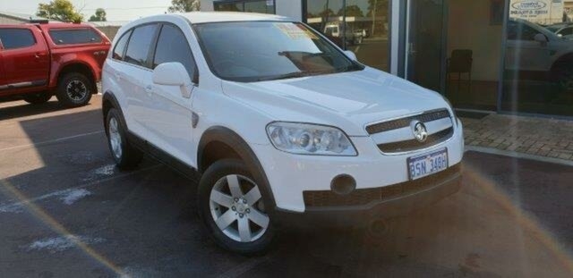 Used Holden Captiva CG CX AWD, 2006 Holden Captiva CG CX AWD White 5 Speed Sports Automatic Wagon