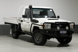 2012 Toyota Landcruiser VDJ79R MY12 Update Workmate (4x4) White 5 Speed Manual Cab Chassis.