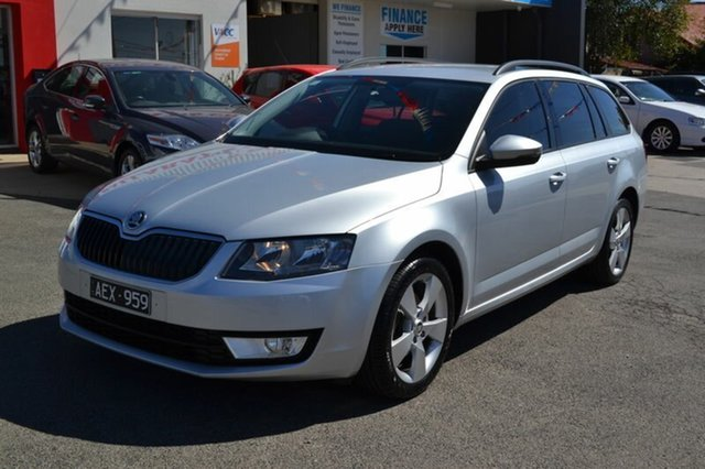 Used Skoda Octavia NE MY15 103 TSI Ambition, 2015 Skoda Octavia NE MY15 103 TSI Ambition Silver 7 Speed Auto Direct Shift Wagon