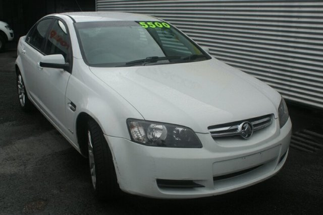 Used Holden Commodore VE MY10 International, 2010 Holden Commodore VE MY10 International White 6 Speed Sports Automatic Sedan
