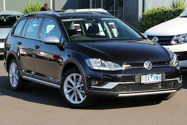 Demo Volkswagen Golf 7.5 MY19.5 Alltrack DSG 4MOTION 132TSI, 2019 Volkswagen Golf 7.5 MY19.5 Alltrack DSG 4MOTION 132TSI Deep Black Pearl Effect 6 Speed