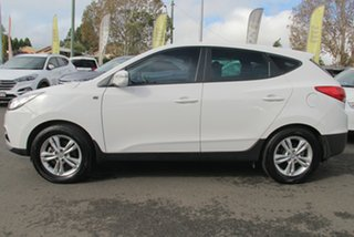 2013 Hyundai ix35 LM2 SE AWD Creamy White 6 Speed Sports Automatic Wagon.