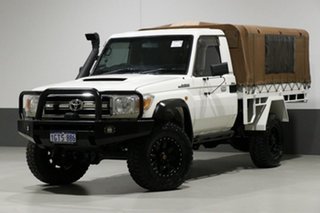 2010 Toyota Landcruiser VDJ79R 09 Upgrade GXL (4x4) White 5 Speed Manual Cab Chassis.