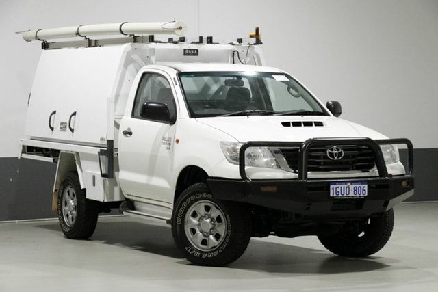 Used Toyota Hilux KUN26R MY12 SR (4x4), 2013 Toyota Hilux KUN26R MY12 SR (4x4) White 5 Speed Manual Cab Chassis