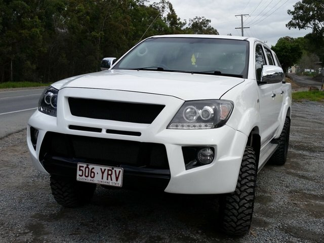 Used Toyota Hilux GGN25R MY05 SR, 2005 Toyota Hilux GGN25R MY05 SR White 5 Speed Manual Utility