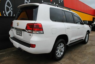 2016 Toyota Landcruiser VDJ200R Sahara Glacier White 6 Speed Sports Automatic Wagon.