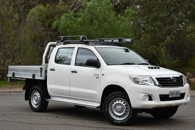 Used Toyota Hilux KUN26R MY14 SR Double Cab, 2014 Toyota Hilux KUN26R MY14 SR Double Cab White/90234 5 Speed Automatic Cab Chassis
