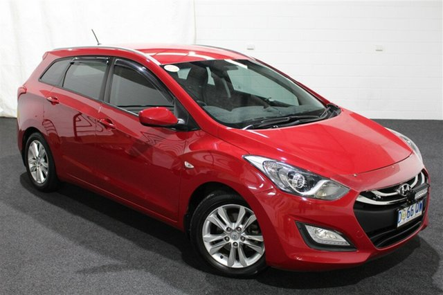 Used Hyundai i30 GD Active Tourer, 2014 Hyundai i30 GD Active Tourer Cool Red 6 Speed Manual Wagon