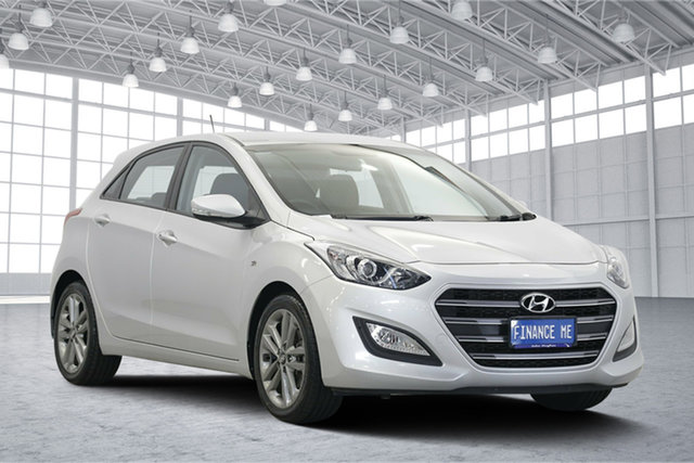Used Hyundai i30 GD4 Series II MY16 SR, 2015 Hyundai i30 GD4 Series II MY16 SR Silver 6 Speed Sports Automatic Hatchback