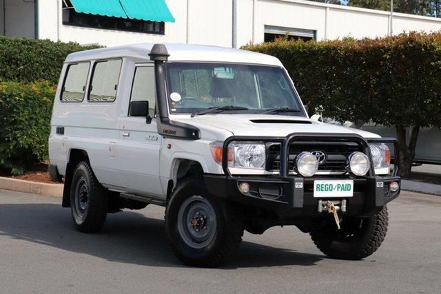 Used Toyota Landcruiser VDJ78R Workmate Troopcarrier, 2015 Toyota Landcruiser VDJ78R Workmate Troopcarrier White 5 Speed Manual Wagon