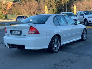 2004 Holden Commodore VZ SV6 White 5 Speed Sports Automatic Sedan