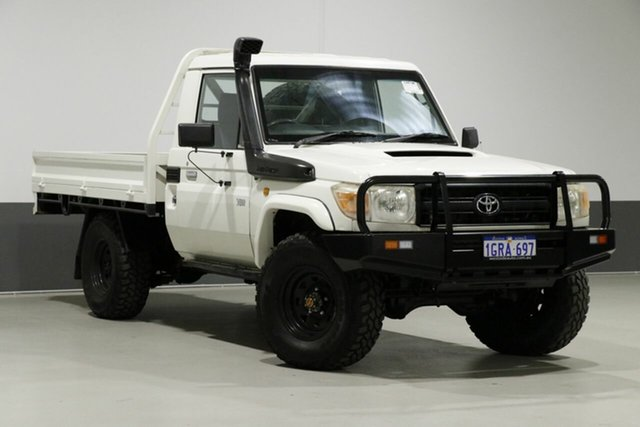 Used Toyota Landcruiser VDJ79R 09 Upgrade Workmate (4x4), 2012 Toyota Landcruiser VDJ79R 09 Upgrade Workmate (4x4) White 5 Speed Manual Cab Chassis