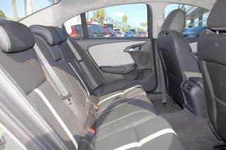 2016 Holden Calais VF II MY16 V Green 6 Speed Sports Automatic Sedan
