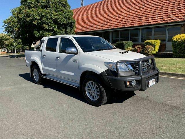 Used Toyota Hilux KUN26R SR5, 2015 Toyota Hilux KUN26R SR5 White 5 Speed Manual Dual Cab