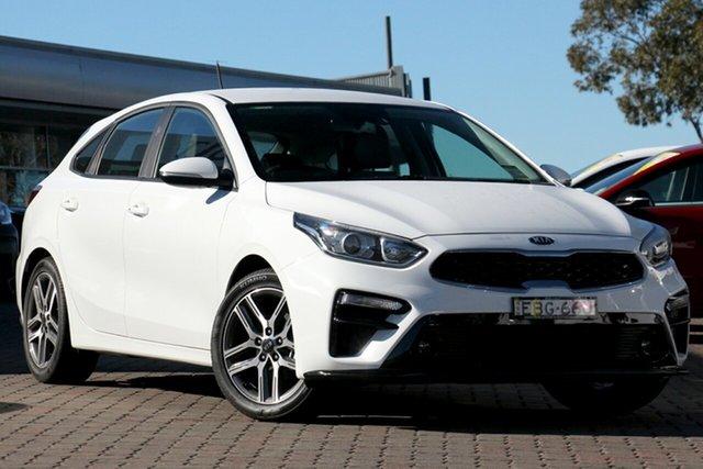 Demo Kia Cerato BD MY19 Sport+, 2018 Kia Cerato BD MY19 Sport+ Clear White 6 Speed Sports Automatic Hatchback