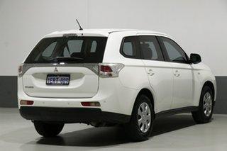 2013 Mitsubishi Outlander ZJ ES (4x4) White Continuous Variable Wagon