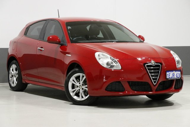 Used Alfa Romeo Giulietta  Progression 1.4, 2013 Alfa Romeo Giulietta Progression 1.4 Red 6 Speed Manual Hatchback
