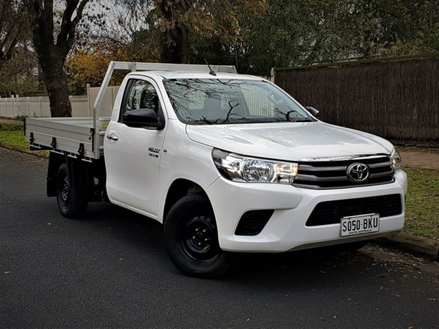 Used Toyota Hilux GUN123R SR 4x2, 2015 Toyota Hilux GUN123R SR 4x2 White 5 Speed Manual Cab Chassis
