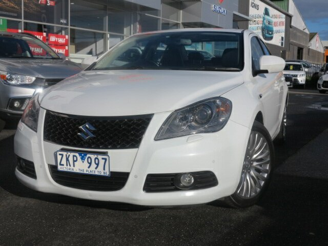 Used Suzuki Kizashi FR MY11 Prestige, 2012 Suzuki Kizashi FR MY11 Prestige White 6 Speed Constant Variable Sedan