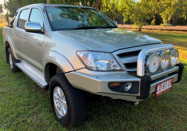 Used Toyota Hilux GGN25R MY05 SR5, 2006 Toyota Hilux GGN25R MY05 SR5 Silver 5 Speed Automatic Utility