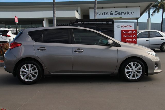 Used Toyota Corolla ZRE182R Ascent Sport S-CVT, 2013 Toyota Corolla ZRE182R Ascent Sport S-CVT Positano Bronze 7 Speed Constant Variable Hatchback