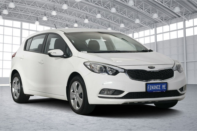 Used Kia Cerato YD MY15 S, 2015 Kia Cerato YD MY15 S Clear White 6 Speed Sports Automatic Hatchback