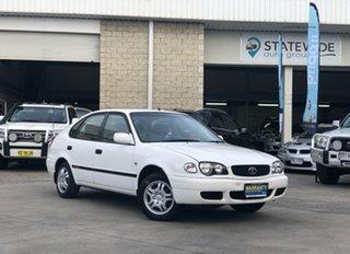 2001 Toyota Corolla ASCENT Seca White 5 Speed Manual Hatchback.