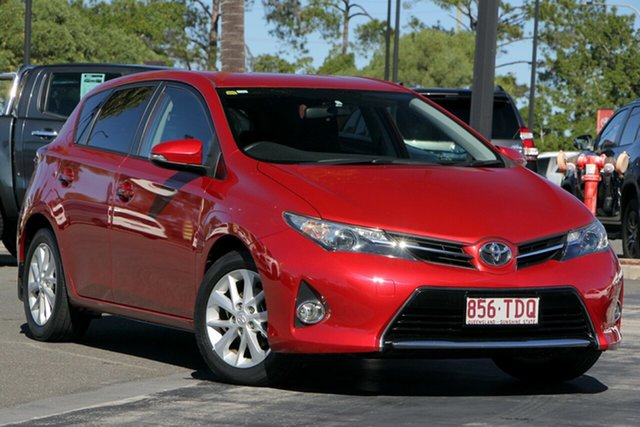Used Toyota Corolla ZRE182R Ascent Sport, 2013 Toyota Corolla ZRE182R Ascent Sport Red 6 Speed Manual Hatchback