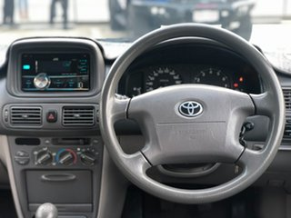 2001 Toyota Corolla ASCENT Seca White 5 Speed Manual Hatchback