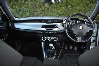 2014 Alfa Romeo Giulietta Series 1 Progression White 6 Speed Manual Hatchback